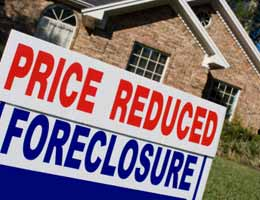 Foreclosures flood the market