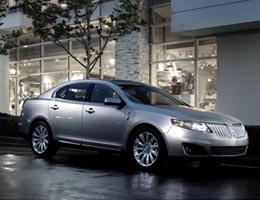 Lincoln MKS EcoBoost AWD