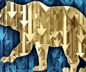 Bear market, downward arrows © iStock