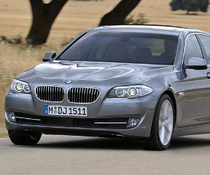 BMW 5 Series 528i © BMW