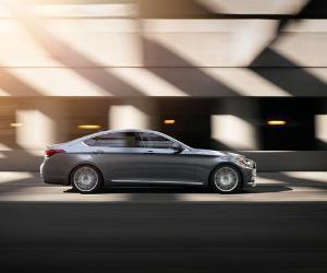 2015 silver Hyundai Genesis