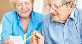 Banks target seniors for free checking