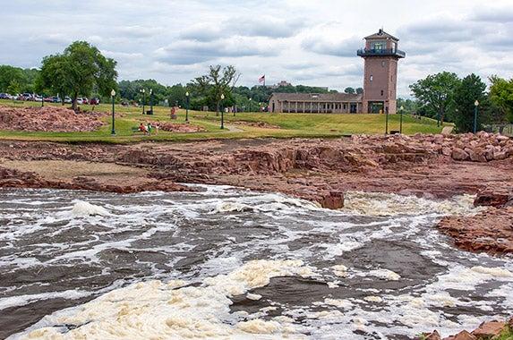Sioux Falls, S.D. © Ken Wolter/Shutterstock.com