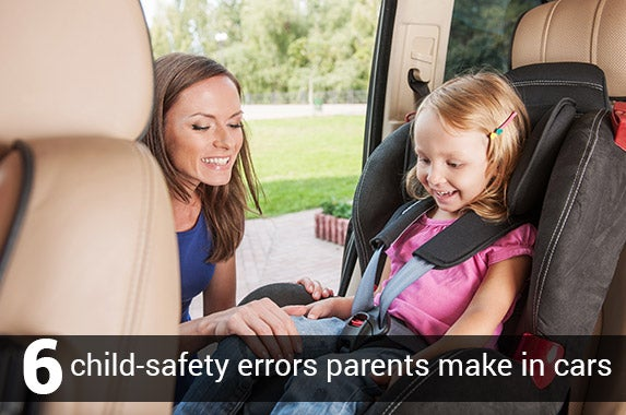 6 child-safety errors parents make in cars © BlueSkyImage/Shutterstock.com