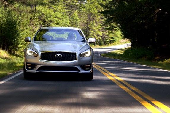 Luxury Vehicle: Safest Large Luxury Cars Of 2015