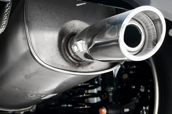 Replace exhaust gas recirculation valve © The To/Shutterstock.com