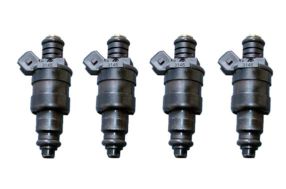 Replace fuel injectors © Kenneth William Caleno/Shutterstock.com