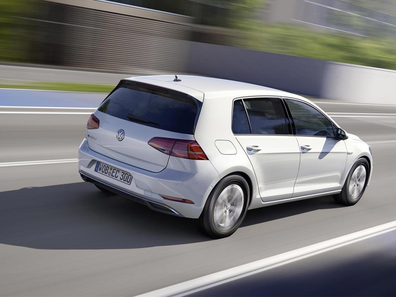 2017 Volkswagen e-Golf | Volkswagen