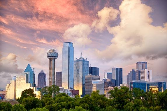 Dallas © dibrova/Shutterstock.com