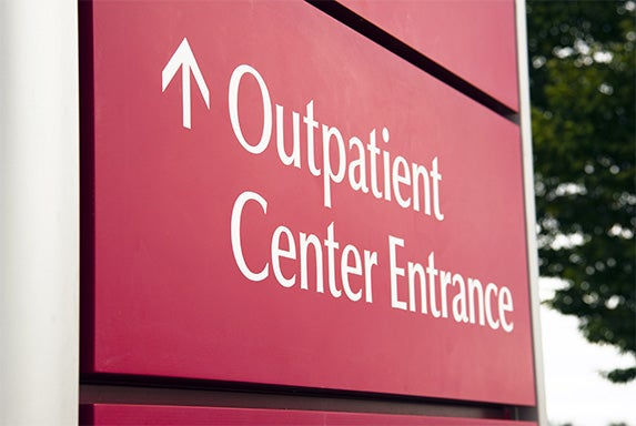 Outpatient Center Entrance | © Christopher Boswell/Shutterstock.com