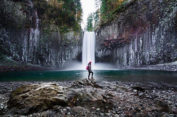 Oregon | Peerasith Patrick Triratpadoongphol/Shutterstock.com