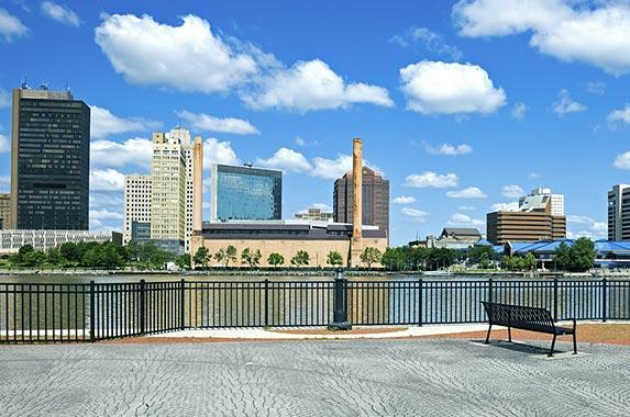 2. Toledo, Ohio © Henryk Sadura/Shutterstock.com