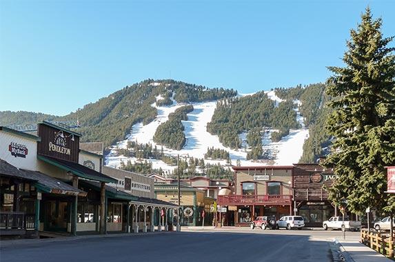 Wyoming | WitGorski/Shutterstock.com
