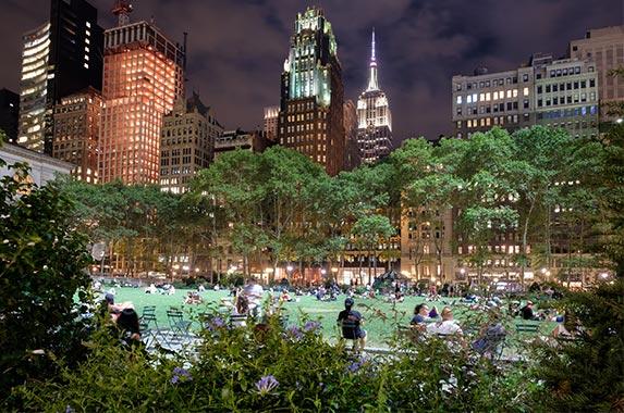 New York | Kamira/Shutterstock.com