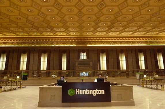 Huntington Bank | Photo courtesy of Huntington Bank