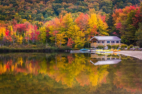New Hampshire | Jon Bilous/Shutterstock.com