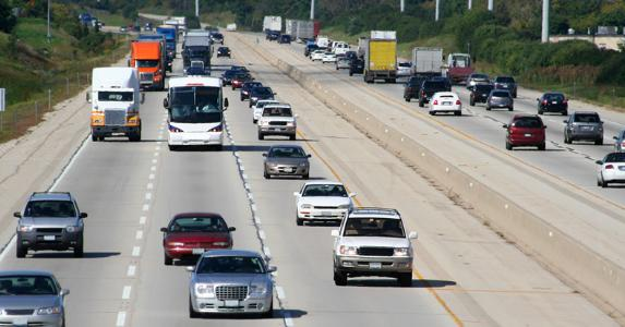 Highway traffic © Noel Powell / Fotolia