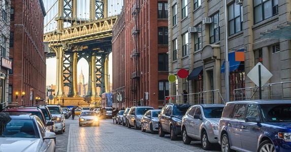 Manhattan Bridge © iStock