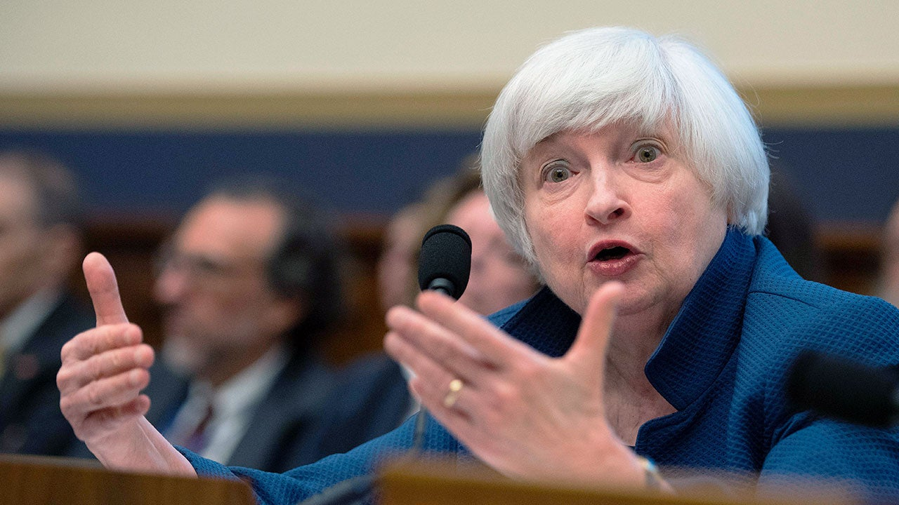 Janet Yellen speaking at a conference on July 12, 2017 | JIM WATSON/Getty Images