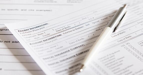 Patient information form © Marjan Apostolovic/Shutterstock.com