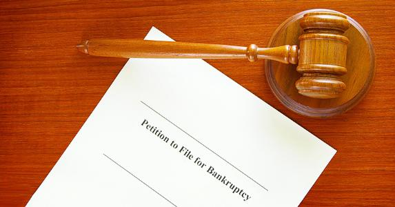 Petition to file bankruptcy © zimmytws/Shutterstock.com