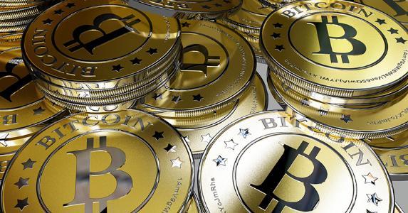 Bitcoins © Alexander Kirch/Shutterstock.com