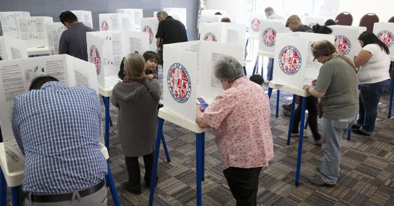 Voting room © spirit of america/Shutterstock.com