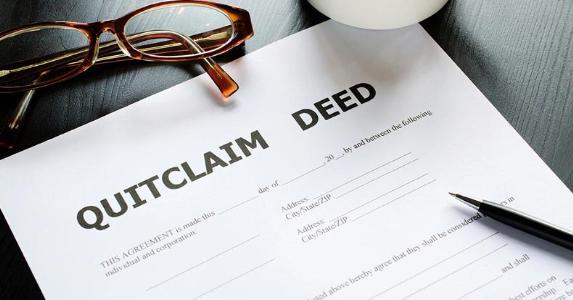 Quitclaim deed | iStock/maybefalse