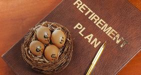 Retirement plan © Jerry Sliwowski/Shutterstock.com