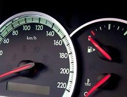 Idling is better than restarting © Ministr-84/Shutterstock.com