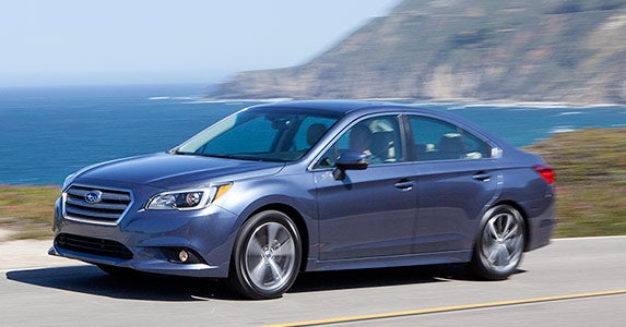 Best cars for taking a summer road trip © Subaru