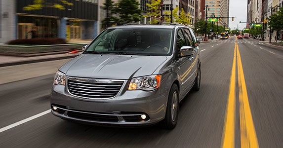 2015 Chrysler Town & Country © Chrysler