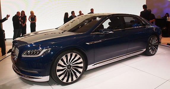 Lincoln Continental concept © Lincoln