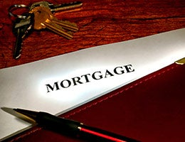 Mortgage pros improve loan quality © Olivier Le Queinec/Shutterstock.com