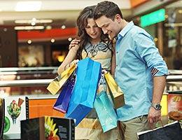 When spending habits differ © Conrado/Shutterstock.com