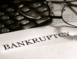 After bankruptcy, the loan bills keep coming © olivier/Shutterstock.com