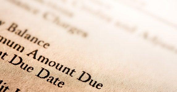 Minimum payments © photastic/Shutterstock.com