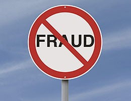 3. Know your fraud protections © rnl/Shutterstock.com