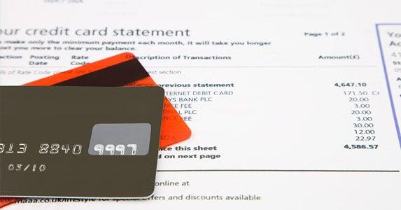 Making only the minimum payment © jason cox/Shutterstock.com