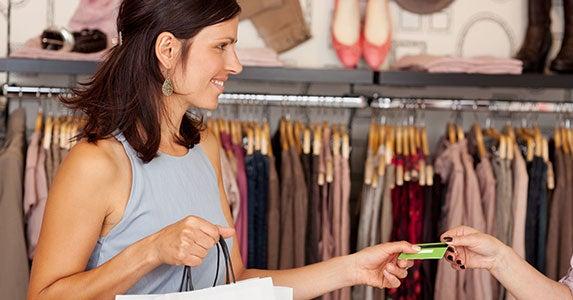 Attention, premium shopper © racorn/Shutterstock.com