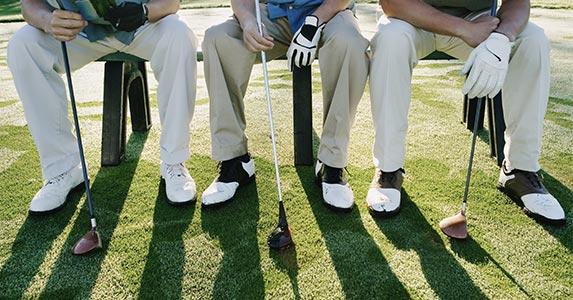 Discounts on golf © Blend Images/Shutterstock.com