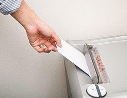 Safeguard privacy © sixninepixels/Shutterstock.com