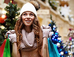 6 common holiday budget busters © Shutterstock.com
