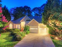 Home exterior © SeanPavonePhoto/Shutterstock.com