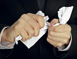 Expert tips on how to fight fees © pzAxe/Shutterstock.com