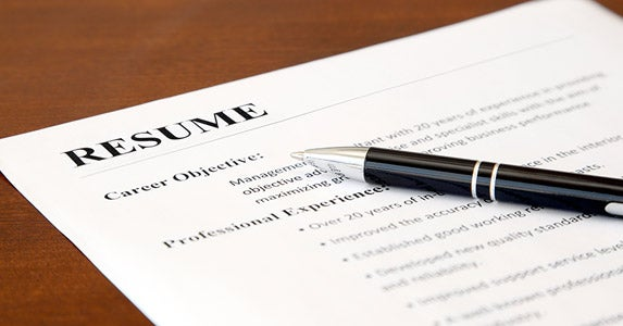 Don't put financial information on your resume © NAN728/Shutterstock.com