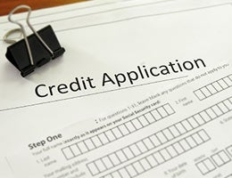 How to apply for credit with no credit © zimmytws/Shutterstock.com