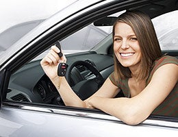 How to apply for a car loan © Brocreative/Shutterstock.com