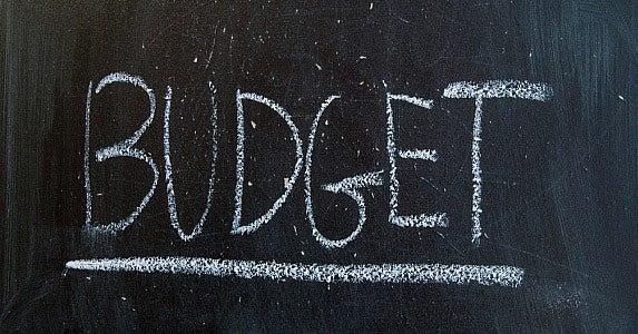 Remember Budgeting 101 © Bartosz Zakrzewski/Shutterstock.com