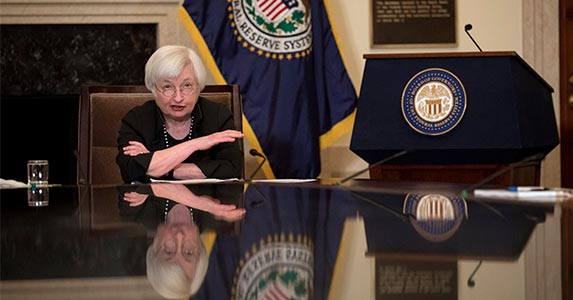 How the Fed's decisions affect you | Aaron P. Bernstein/Getty Images